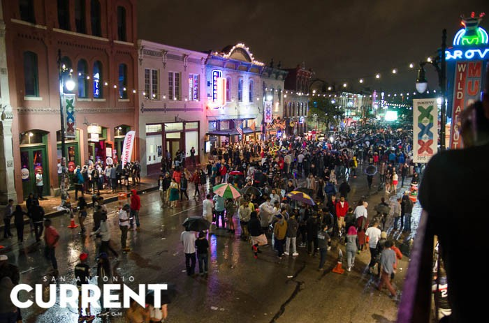 6th Street during SXSW 2015 - JAIME MONZON
