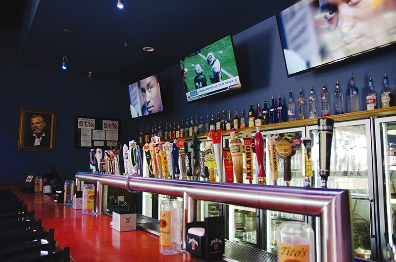 Beer, beats and more at Brews Brothers Ice House. - JAIME MONZON