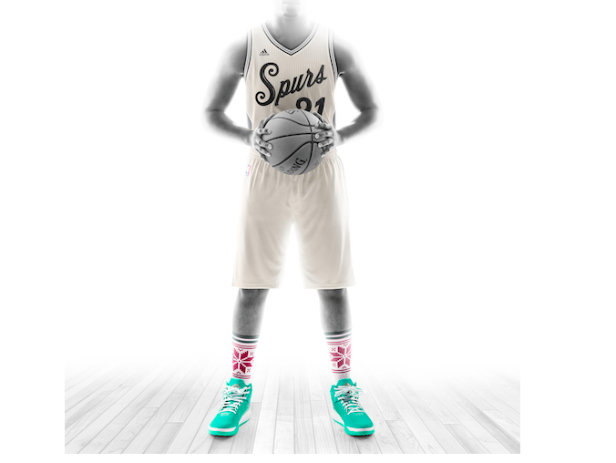 Check Out the Spurs  Christmas Uniforms  3477f63d9