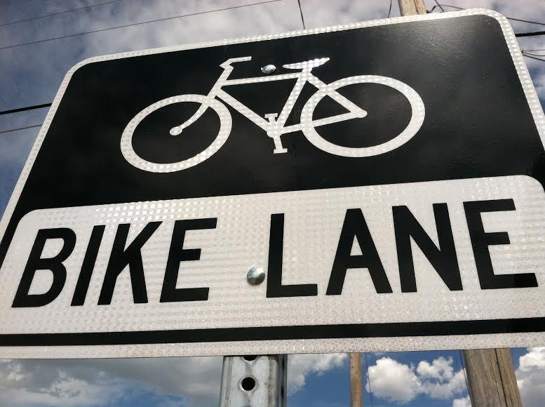 bike-lane-sign-cu.jpg