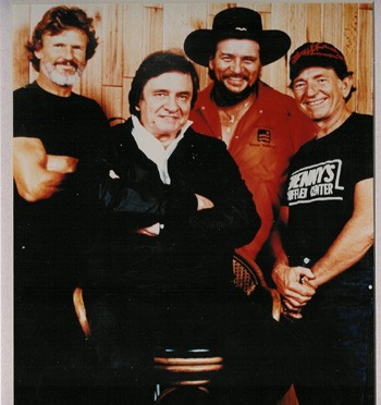 Kris Kristofferson, Johnny Cash, Waylon Jennings and Willie Nelson - WIKIMEDIA
