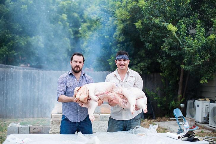 pig-roast-3-_-ismael-rodriguez..jpg