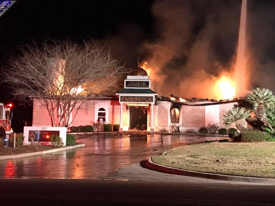 Man indicted for hate crime for Texas mosque fire