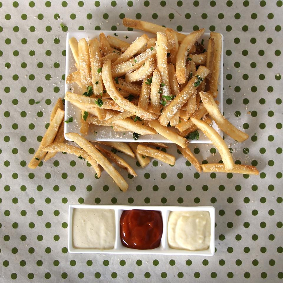 BurgerFi Deal: FREE fries with purchase TODAY
