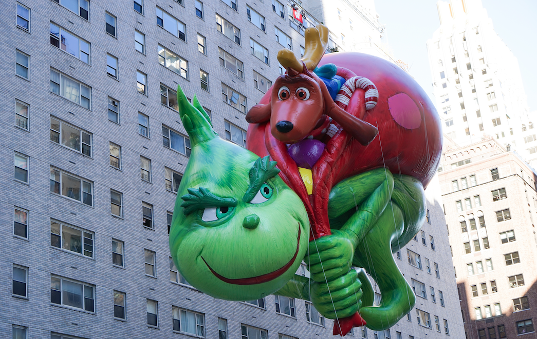 shutterstock when a thief stole a giant inflatable christmas decoration - How The Grinch Stole Christmas Decorations