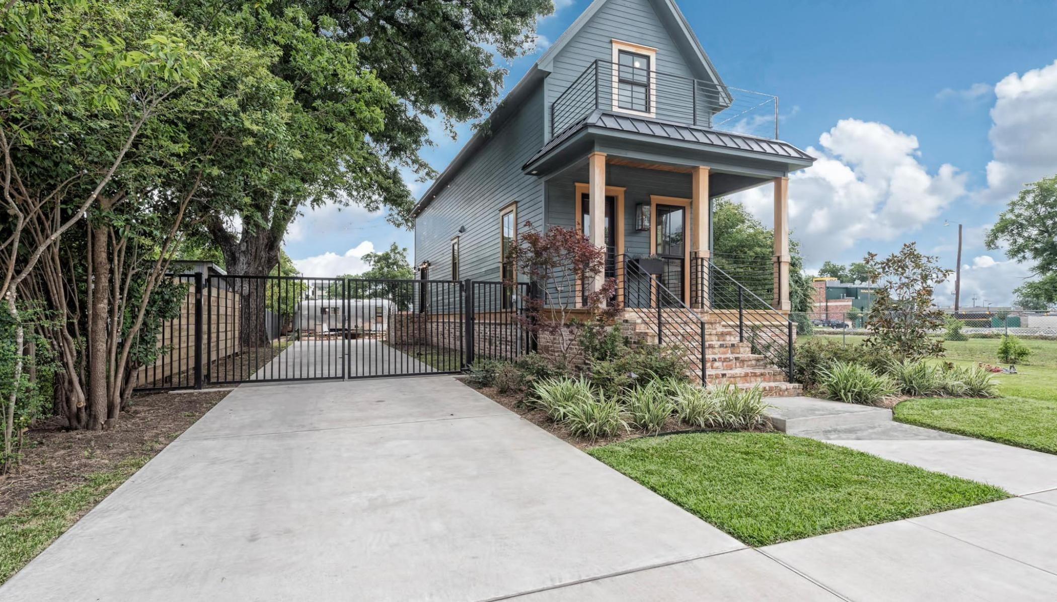 these texas homes featured on fixer upper are for sale let s take