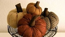 Diy Thanksgiving Centerpiece: Fabric Pumpkins