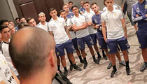 Manu Ginobili Visited the Argentina Soccer Team Ahead of Match Against Mexico in San Antonio