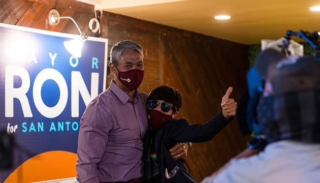 Ron Nirenberg slides to easy win in San Antonio mayoral race