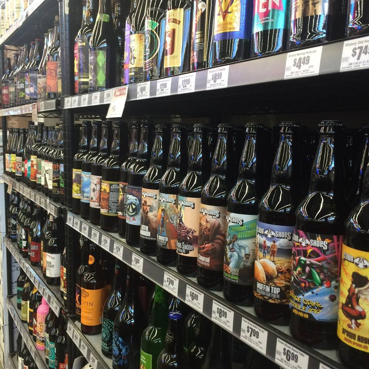 Bottle and tap blue star brewing turns 20 and drumpf for Craft beer store san antonio