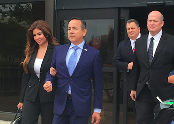 State Sen. Carlos Uresti Got 11 Felony Convictions for a Ponzi Scheme. The Texas Ethics Commission Added a $500 Fine.
