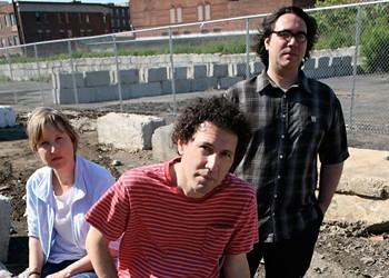 Longtime Indie Rock Band Yo La Tengo Playing Paper Tiger