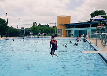 San Antonio Pools Open for Summer