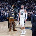 Media Flies Into a Frenzy Over Bats Delaying Thursday's San Antonio Spurs Game
