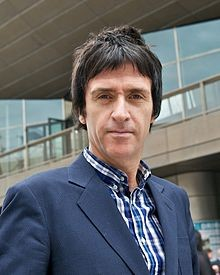 220px-johnny_marr_university_of_salford_2012_crop.jpg
