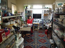 on_off_fredericksburg_diana_harwood_with_her_button_collection.jpg
