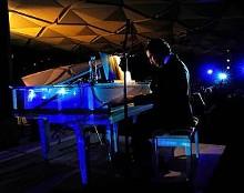 7519f5e7_pianistfd.jpg