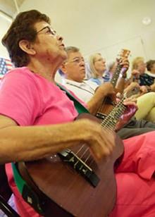 music-ukulele-7701_330jpg