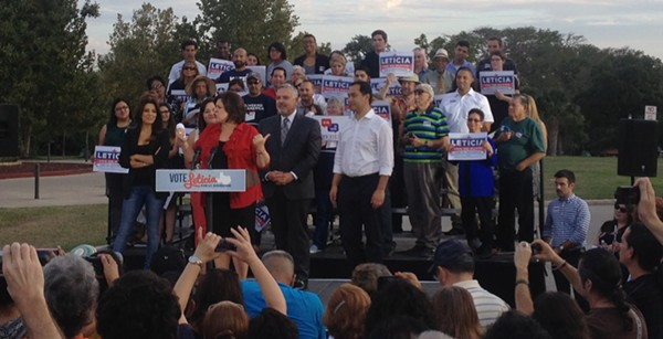 Eva Longoria, U.S. Rep. Joaquin Castro, and Henry R. Munoz III rallied with Sen. Leticia Van de Putte in San Antonio Wednesday night. - ALEXA GARCIA-DITTA