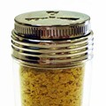 Versatile friend of the vegetarians, nutritional yeasts can be a silent partner or a tasty condiment