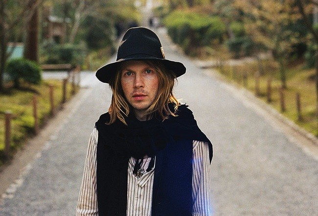 Beck - AUTUMN DE WILDE