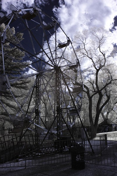 infrared_liberty_park_ferris_wheel.jpg