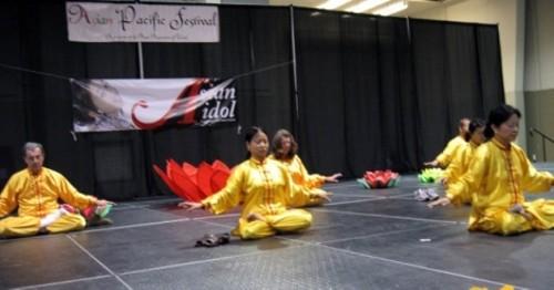 Falun Gong members demonstrate exercises