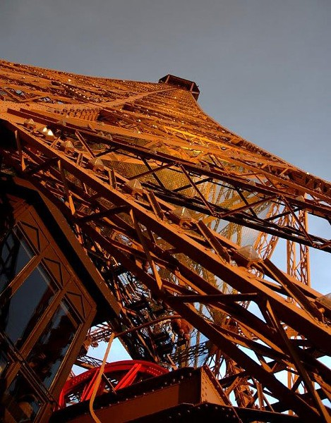 Frank Langheinrich looks up at the Eiffel Tower