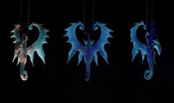 11_p1080620_chantels_dragon_pendant_v0_600.jpg