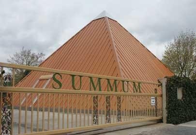 summum_pyramid_wikicommon.jpg