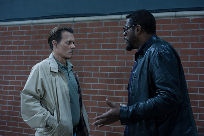 Johnny Depp and Forest Whitaker in City of Lies - SABAN FILMS