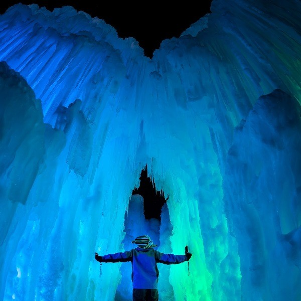 Looking through the ice of love: Ice Castles, Soldier Hollow, Midway - BRYAN ROWLAND