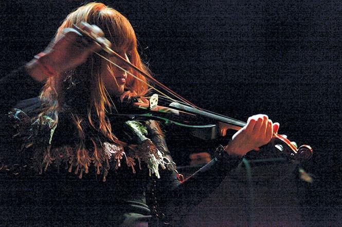 music_musiclive1-1-749849d173e7b3dc.jpg