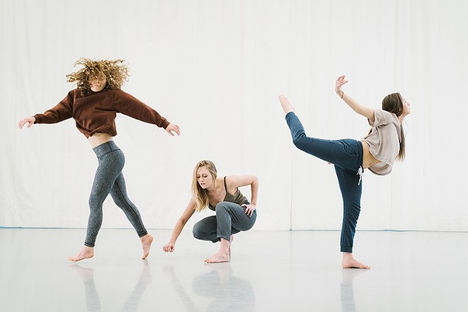 Kate Losser, Luciana Johnson, Bayley Smallwood - MOTION VIVID