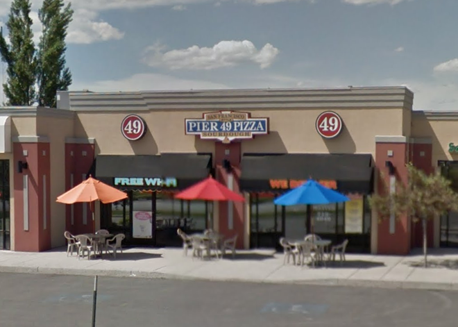 Pier 49 Pizza Restaurant in Logan