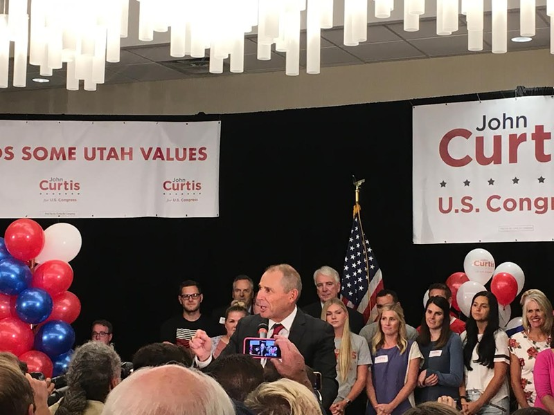 A triumphant Curtis addresses his hometown supporters on Tuesday. - DW HARRIS