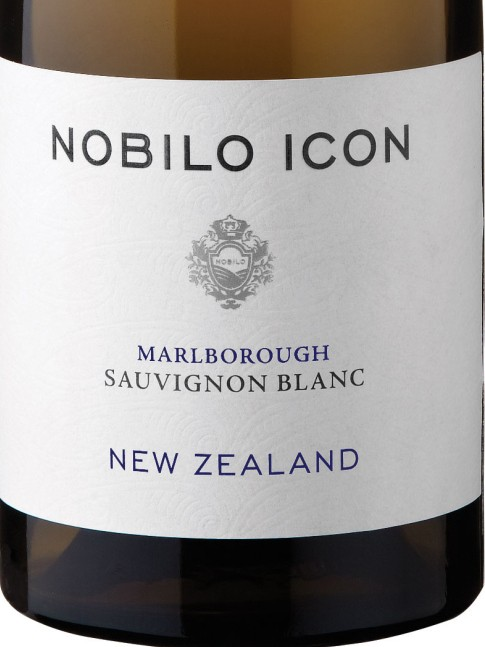 nobilo_icon_sauvignon_blanc_bottle_shot_hi_res.jpg