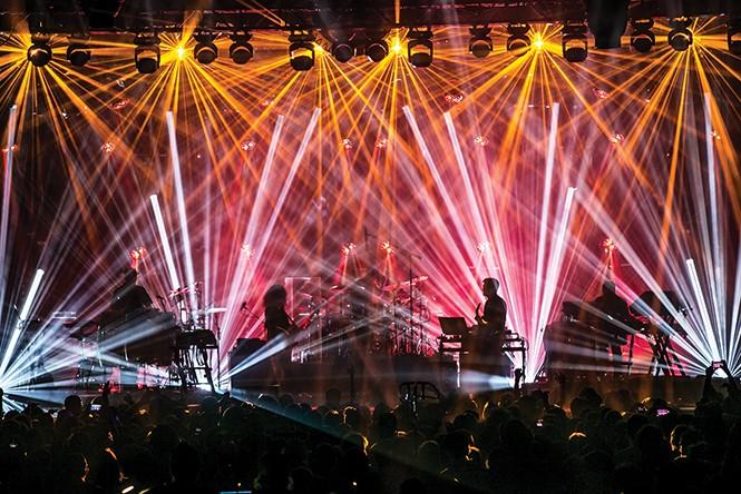 music_live1-3-b77d10574463346a.jpg