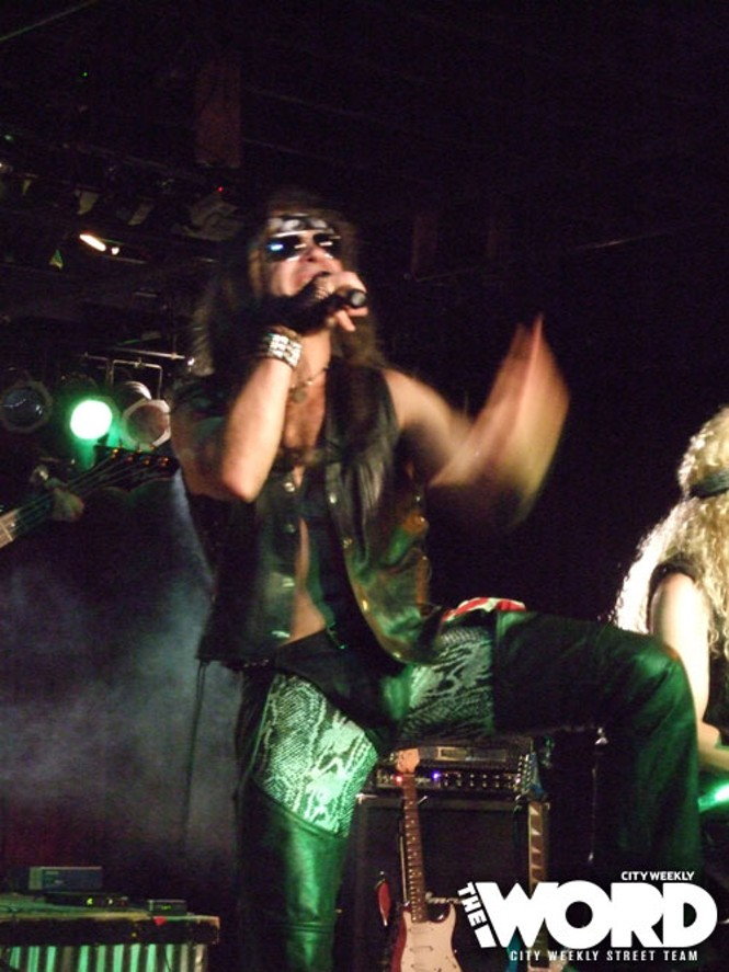 Nigel & the Metal Dogs at Club Vegas (8.5.10)
