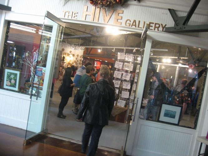 The Hive Gallery (ArtDuh.com): 4/23/11