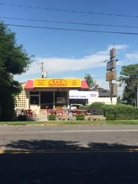 B & D Burgers Restaurant in Salt Lake City