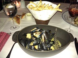 bouchon_mussels.jpg