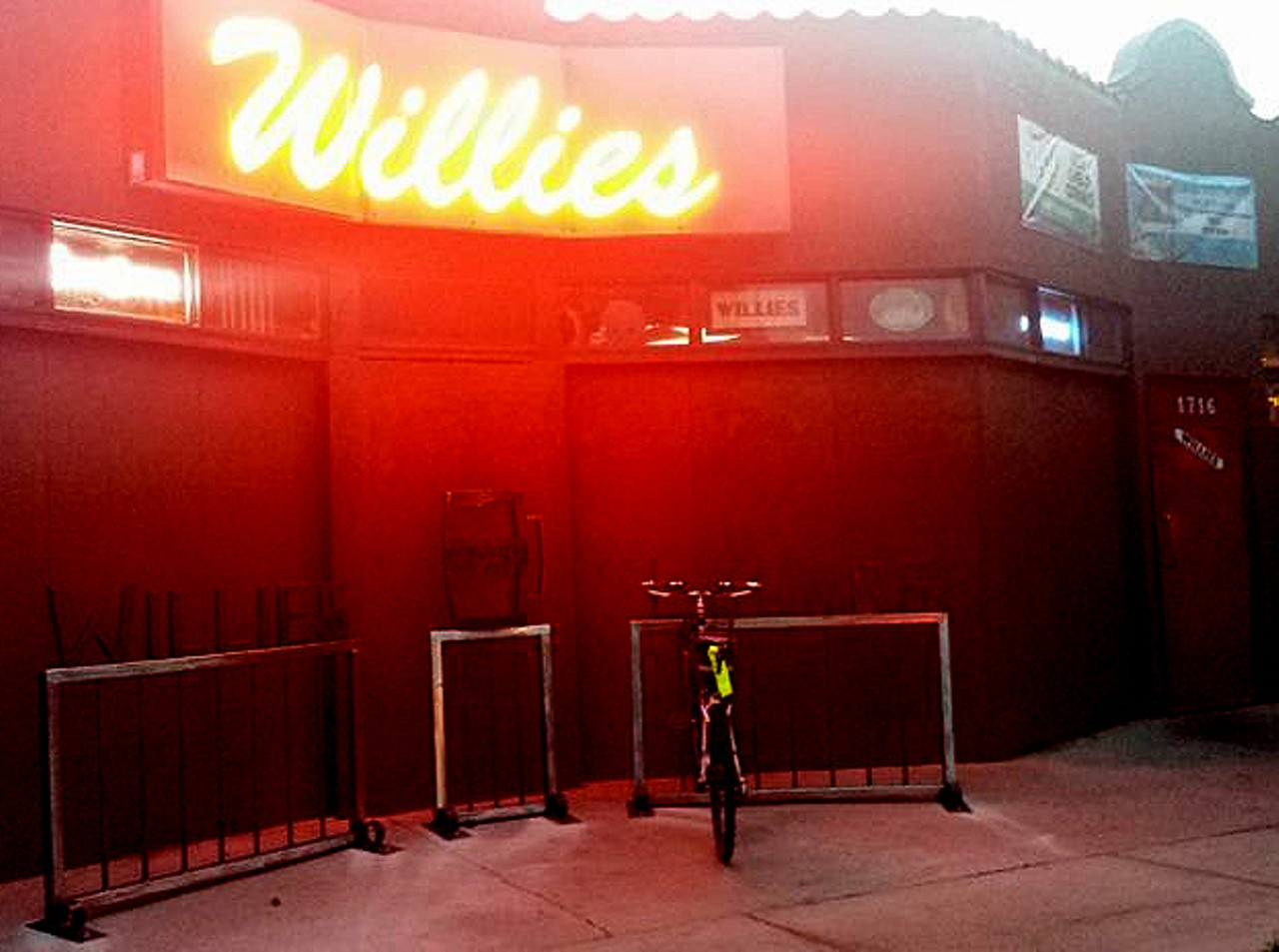 Willie S Lounge Slc Midtown Lounge Casual