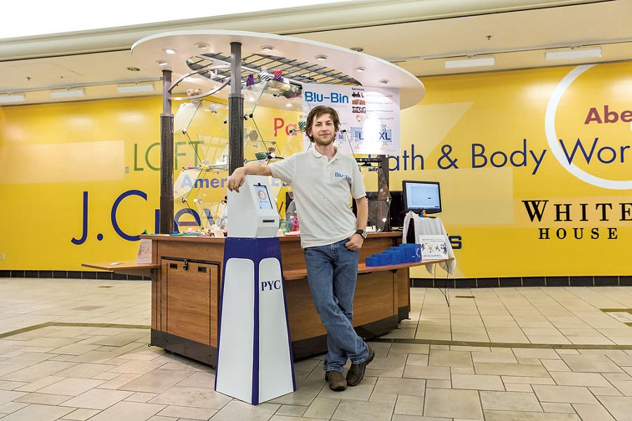 Blu-Bin owner Dan Riley and the Bitcoin ATM - PHOTOS: OLIVER PARINI