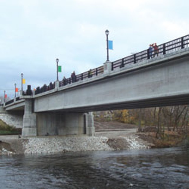 Cross Street Bridge