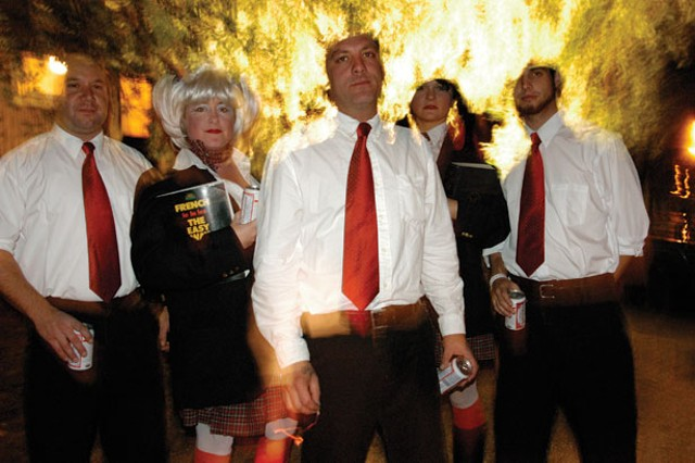 Dirty Blondes - MATTHEW THORSEN
