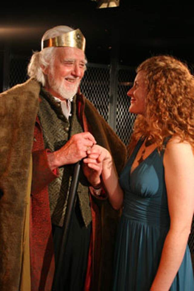 Donald Grody as Lear and Heather Nielsen as Cordelia