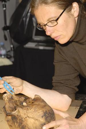 Dr. Lynne Bell