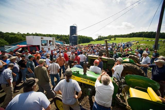 Farm Auction - ANDY DUBACK