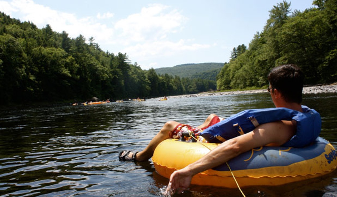 Catching on stream to the float: basic rules for choosing a float